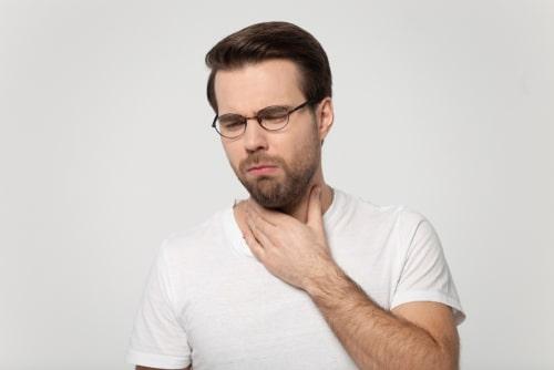 Dificuldade para engolir pode indicar problema digestivo
